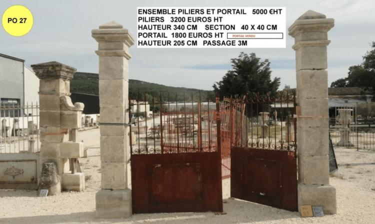 Piliers portail à vendre hauteur 340cm exposé à Valaurie 26 dans la drôme par lemiere matériaux anciens