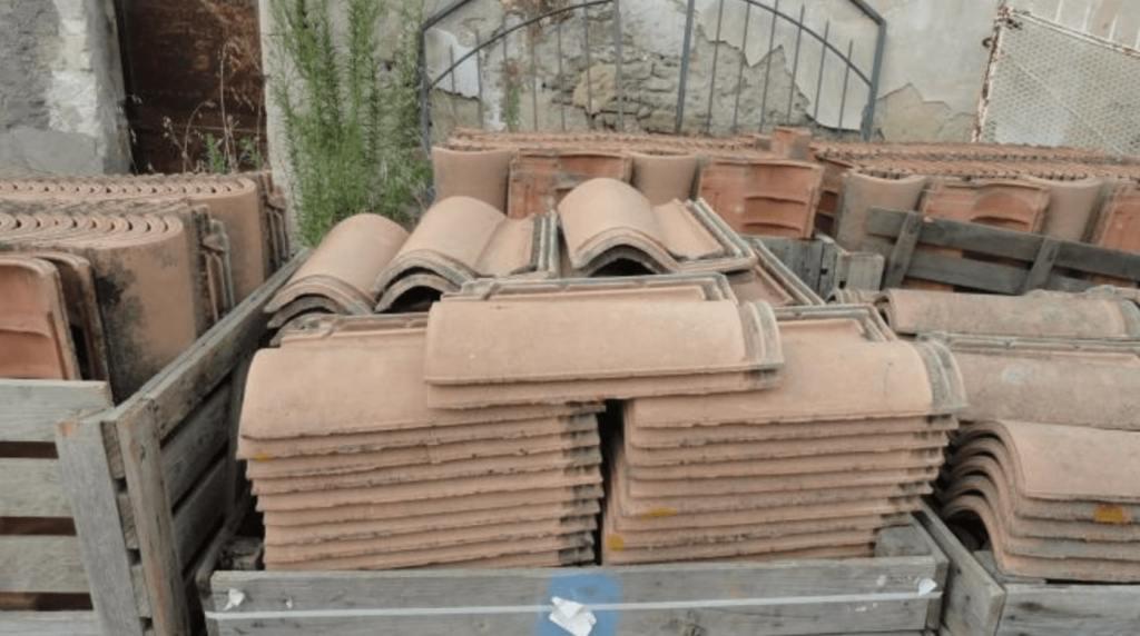 tuiles jumbo 7 pas cher à vendre en terre cuite par lemiere matériaux anciens 84