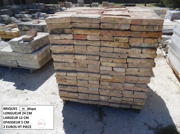 80 briques disponibles 24 x 12 x 5cm